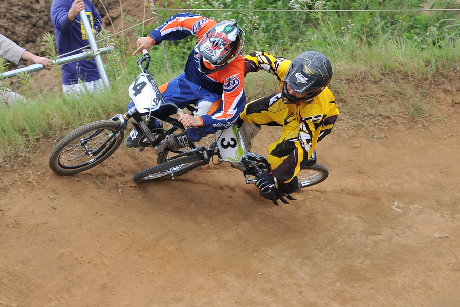 2009 JOSF7月緑山定期戦VOL3:BMXエキスパートクラス決勝_b0065730_2124680.jpg