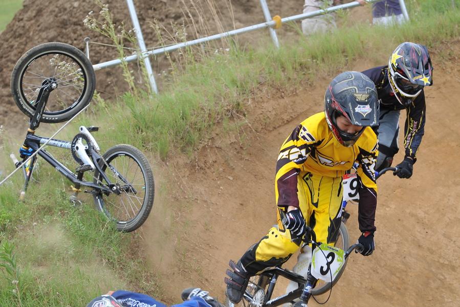 2009 JOSF7月緑山定期戦VOL3:BMXエキスパートクラス決勝_b0065730_2143657.jpg
