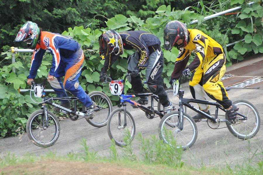 2009 JOSF7月緑山定期戦VOL3:BMXエキスパートクラス決勝_b0065730_2205211.jpg