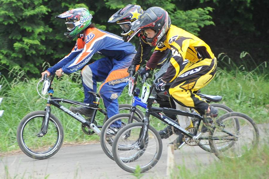 2009 JOSF7月緑山定期戦VOL3:BMXエキスパートクラス決勝_b0065730_2211613.jpg
