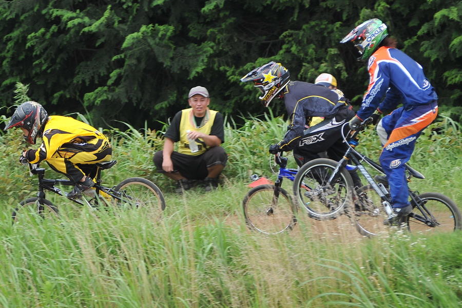 2009 JOSF7月緑山定期戦VOL3:BMXエキスパートクラス決勝_b0065730_221240.jpg