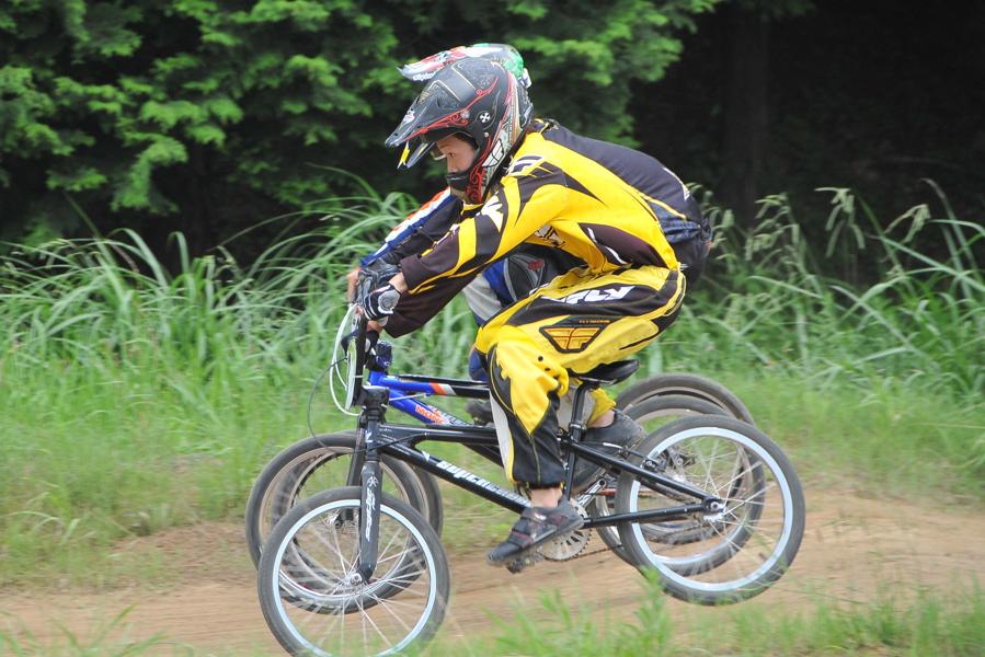 2009 JOSF7月緑山定期戦VOL3:BMXエキスパートクラス決勝_b0065730_2213226.jpg