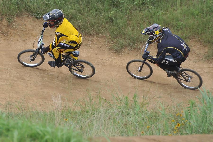 2009 JOSF7月緑山定期戦VOL3:BMXエキスパートクラス決勝_b0065730_222211.jpg