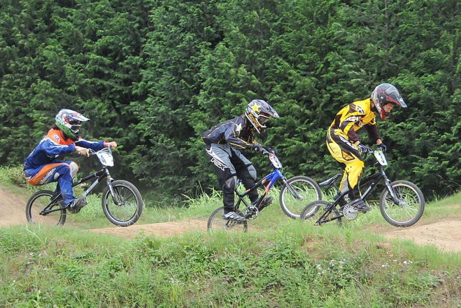 2009 JOSF7月緑山定期戦VOL3:BMXエキスパートクラス決勝_b0065730_223334.jpg