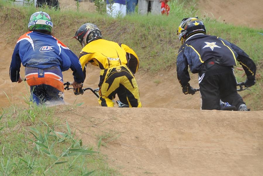 2009 JOSF7月緑山定期戦VOL3:BMXエキスパートクラス決勝_b0065730_2242368.jpg