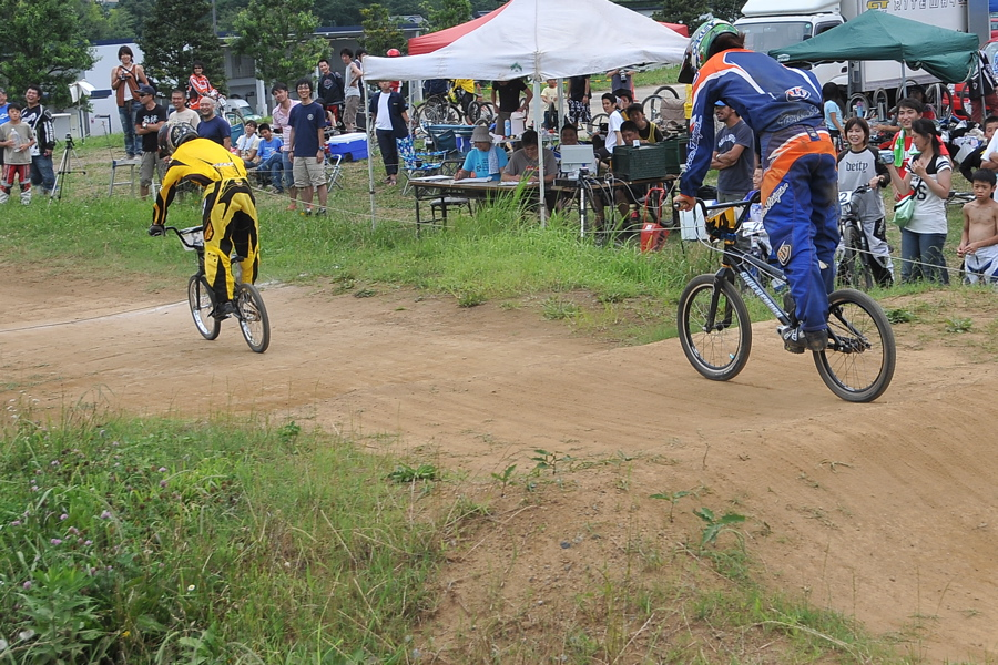 2009 JOSF7月緑山定期戦VOL3:BMXエキスパートクラス決勝_b0065730_2254412.jpg
