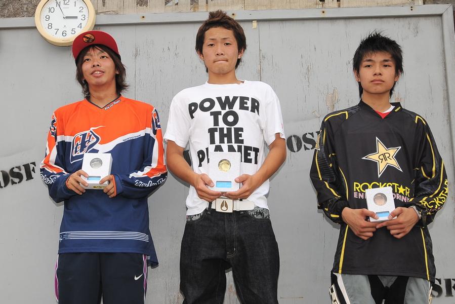 2009 JOSF7月緑山定期戦VOL3:BMXエキスパートクラス決勝_b0065730_2262217.jpg