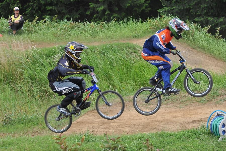 2009 JOSF7月緑山定期戦VOL3:BMXエキスパートクラス決勝_b0065730_232731.jpg