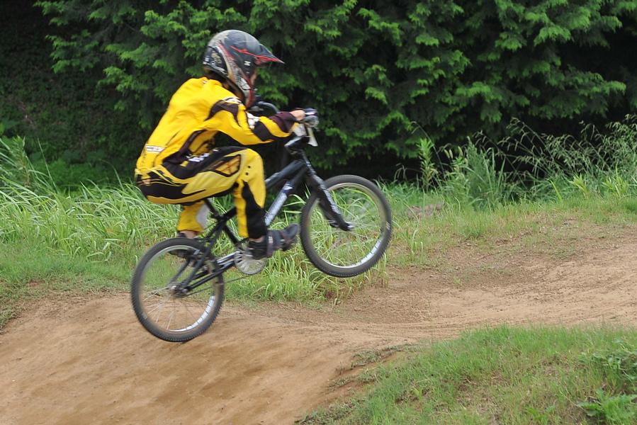 2009 JOSF7月緑山定期戦VOL3:BMXエキスパートクラス決勝_b0065730_234073.jpg