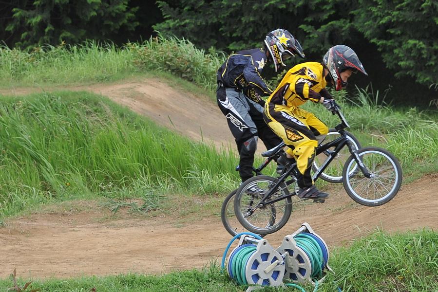2009 JOSF7月緑山定期戦VOL3:BMXエキスパートクラス決勝_b0065730_291150.jpg