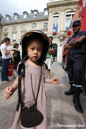 パリで戦車体験教室?!_c0024345_531438.jpg