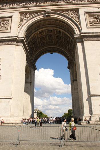 凱旋門 パリをめぐる1 _e0048413_2015282.jpg