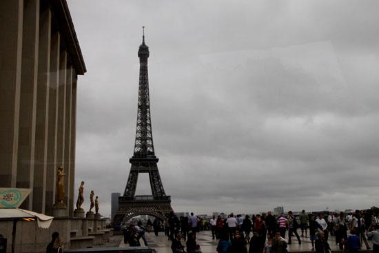 エッフェル塔 パリをめぐる2_e0048413_21275430.jpg