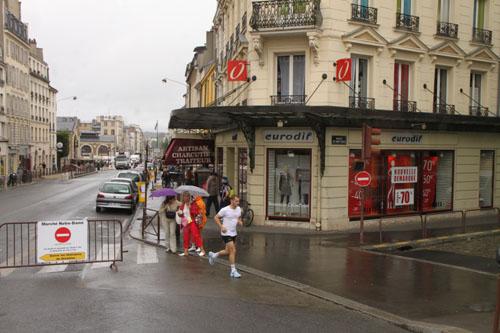 パレロワイヤルなど パリをめぐる 4_e0048413_23305424.jpg