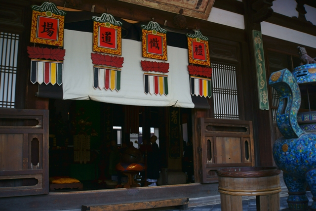 萬福寺の蓮2_e0177413_224323.jpg