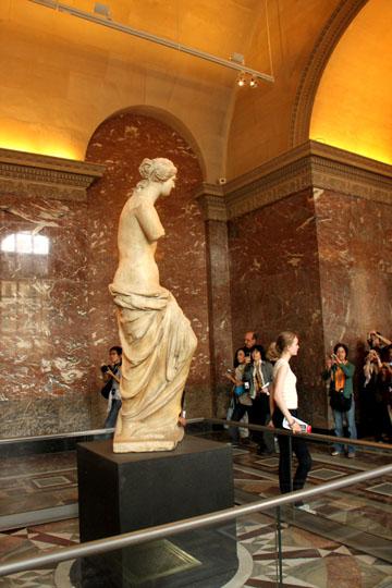 ルーブル美術館1 パリをめぐる 5_e0048413_2034398.jpg