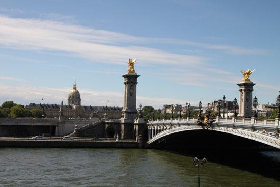 セーヌ川 パリをめぐる 7_e0048413_2222732.jpg
