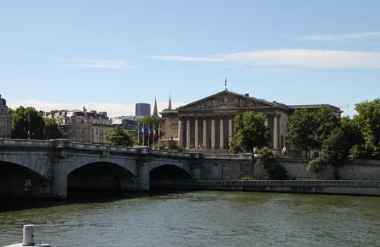 セーヌ川 パリをめぐる 7_e0048413_2231540.jpg