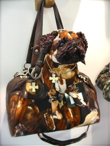 可愛い犬のカバン屋さん*FUZZY NATION_a0110515_044113.jpg