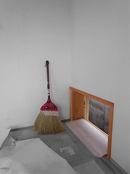 090722 掃き出し窓_b0129659_8393369.jpg