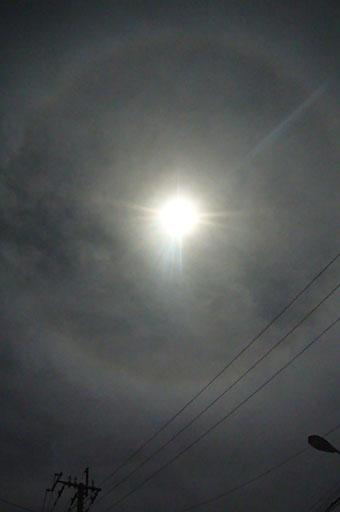 a solar eclipse._c0153966_21265833.jpg