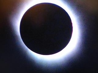 皆既日食_d0074474_16121620.jpg