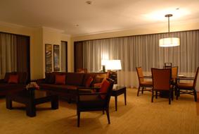 エアだけじゃない。高級ホテルもひとり1万円代で!_b0053082_0706.jpg