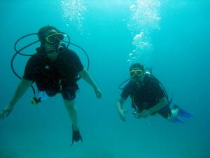 ラチャヤイ島でナイス体験ダイビング!_f0144385_20274825.jpg