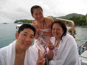 ラチャヤイ島でナイス体験ダイビング!_f0144385_2034487.jpg