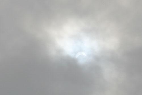 部分日食で小休止♪_f0023062_1448170.jpg