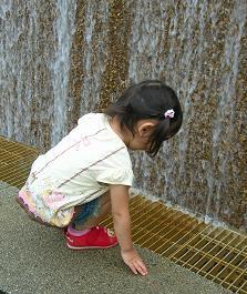 ひなちゃんと水族館へ その一_f0139963_652118.jpg