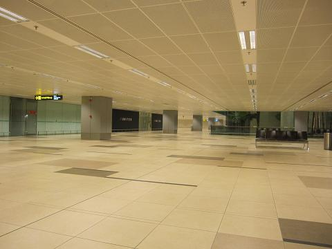 Day4:空港で徹夜、そして帰国_d0026830_0382032.jpg