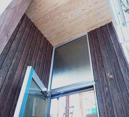 大和張り外壁とykk浴室ドア_d0017039_23431727.jpg