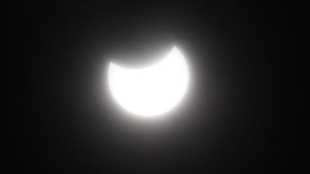 日食撮影_c0064553_17354886.jpg