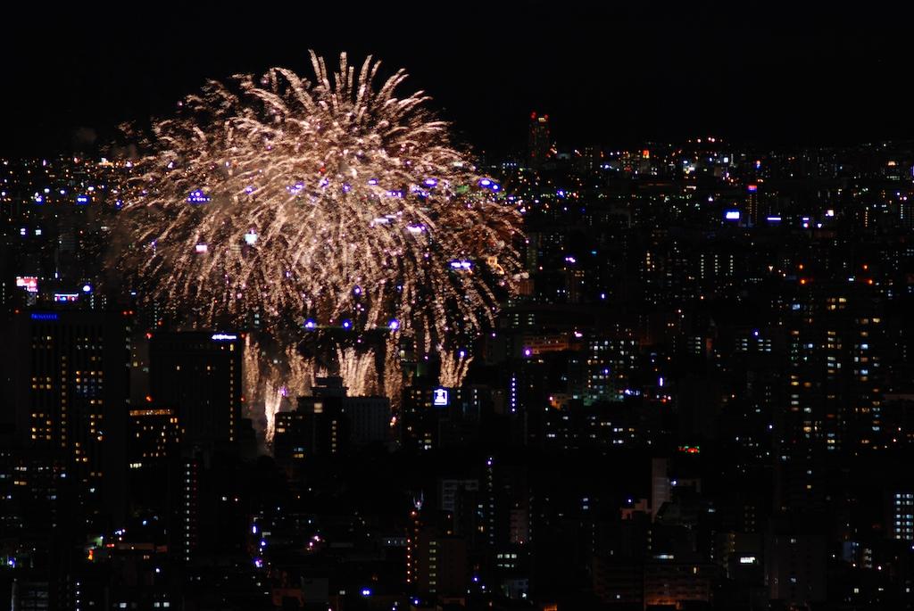 札幌の花火_f0126483_1342831.jpg