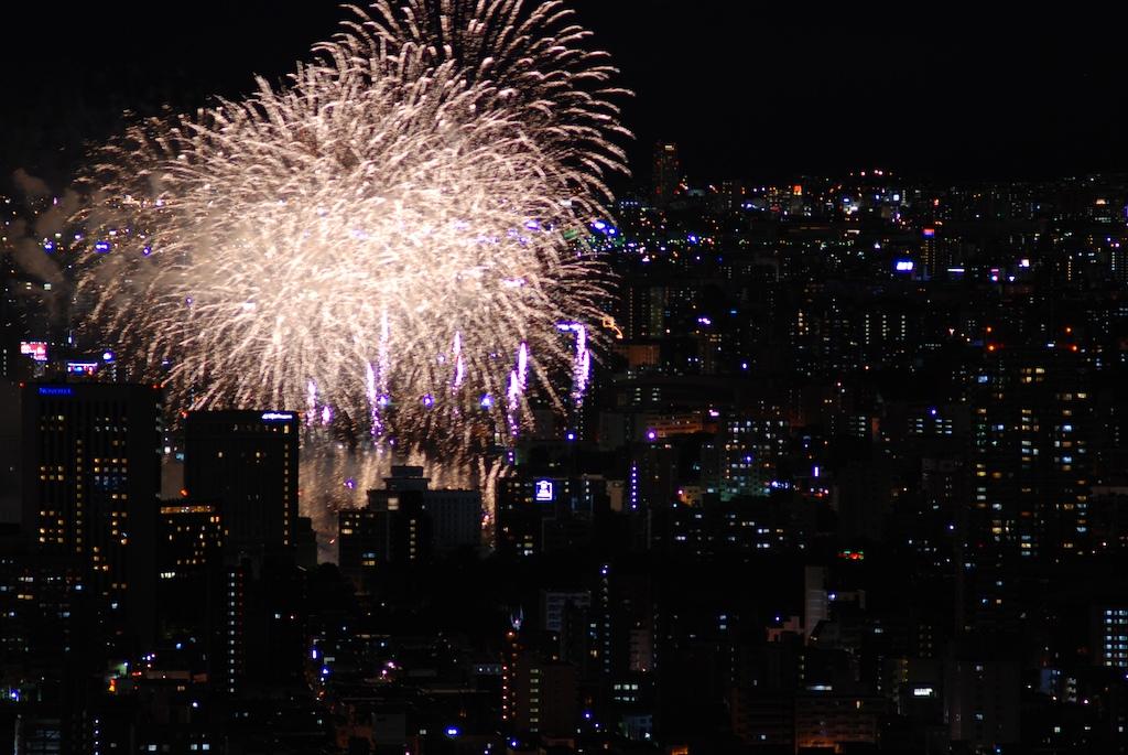 札幌の花火_f0126483_1344710.jpg