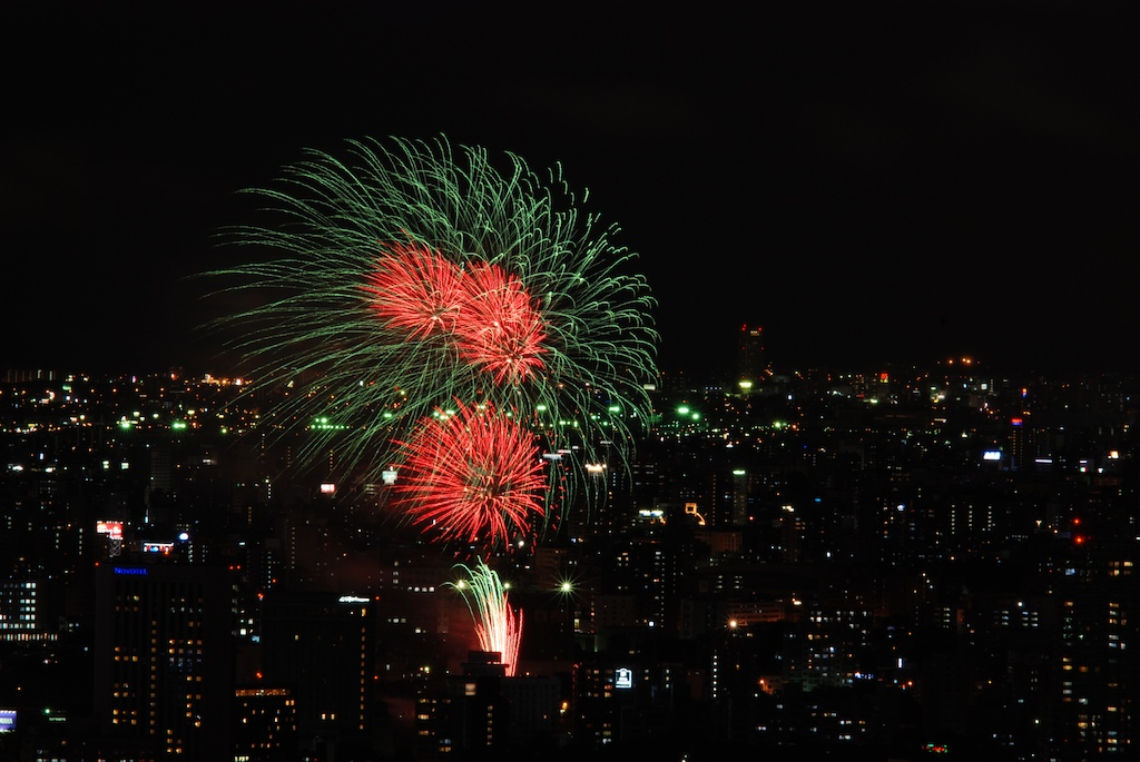 札幌の花火_f0126483_23354349.jpg