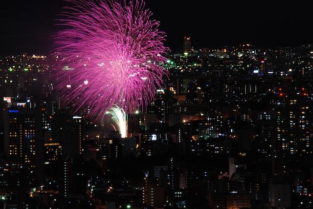 札幌の花火_f0126483_2335785.jpg