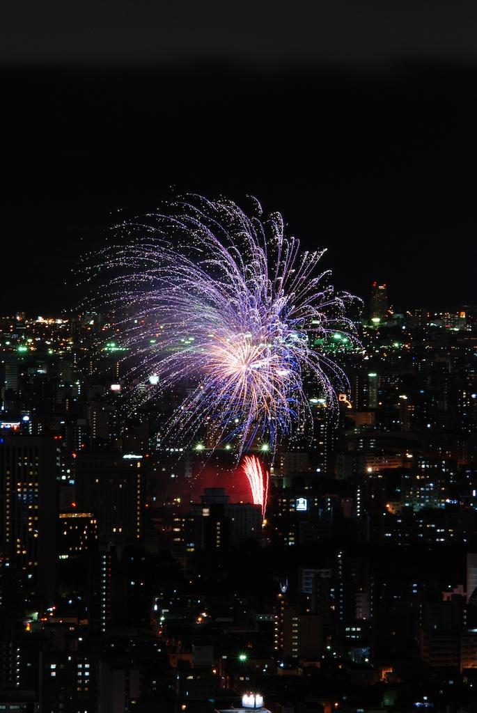 札幌の花火_f0126483_2337293.jpg