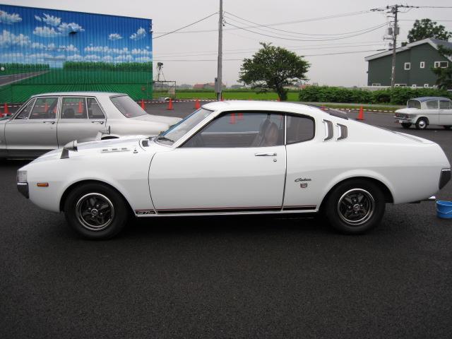懐かしの車_a0008185_13225218.jpg