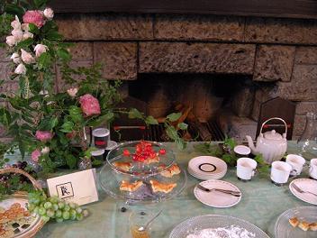 「心を込めてテーブルセッティング…Tea Time To Tea Party」_c0128489_0392745.jpg