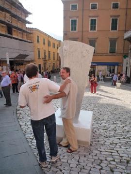 カッラーラ野外彫刻展_d0136540_6254323.jpg