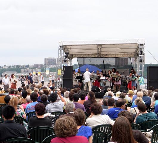 Riverside Parkのサマーイベント Summer on Hudson_b0007805_23573977.jpg