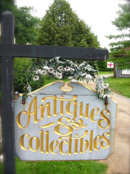 Antiques & Collectibles。。・:*:・゚*☆_a0110515_045696.jpg