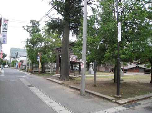 飯坂東線⑥~長岡分岐点_a0087378_5353471.jpg