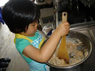 初クッキー作りにトライ!のマコ やっぱりクッキーにはコーヒーよ!_e0166301_23272214.jpg