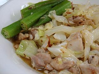 鶏と野菜炒めの冷やしカレーうどん_c0025217_1655217.jpg