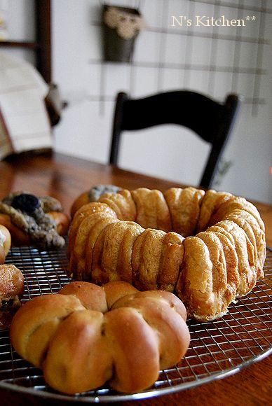 のんびり甘いパンとプチトマト で穏やかな一日_a0105872_14263578.jpg