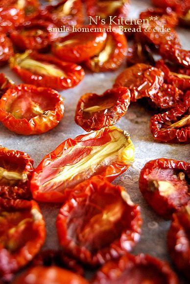 のんびり甘いパンとプチトマト で穏やかな一日_a0105872_142768.jpg