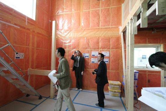新住協総会の3件の住宅見学会 2_e0054299_19222889.jpg